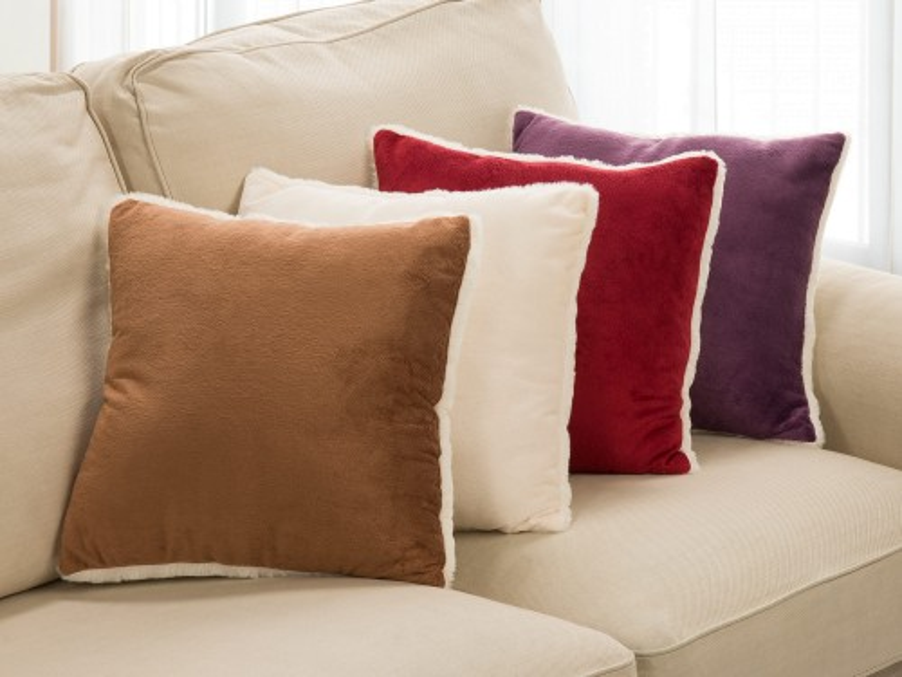 Warm Hug Softest Cushion